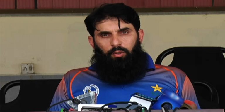 Misbah ul Haq denies rumors regarding his head coach post