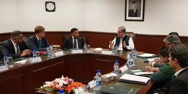 Shah Mahmood Meets Uk Parliamentary delegation