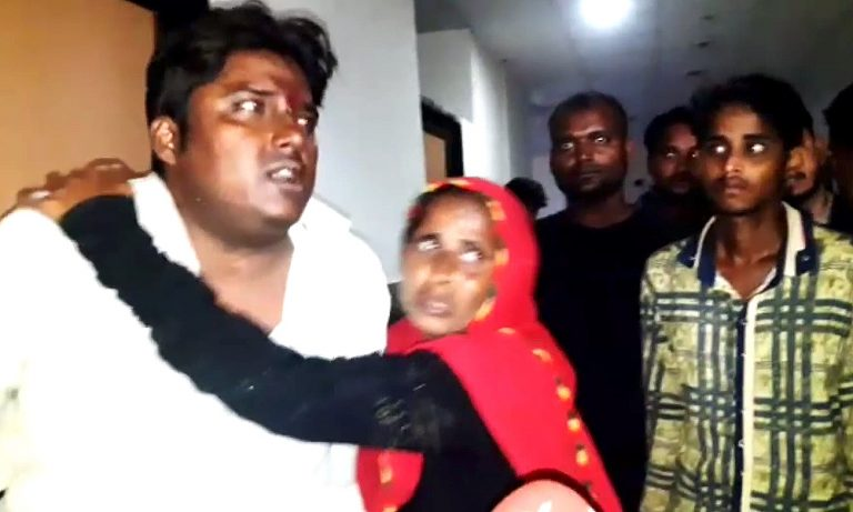 Four of family injured in Aligarh railway station attack