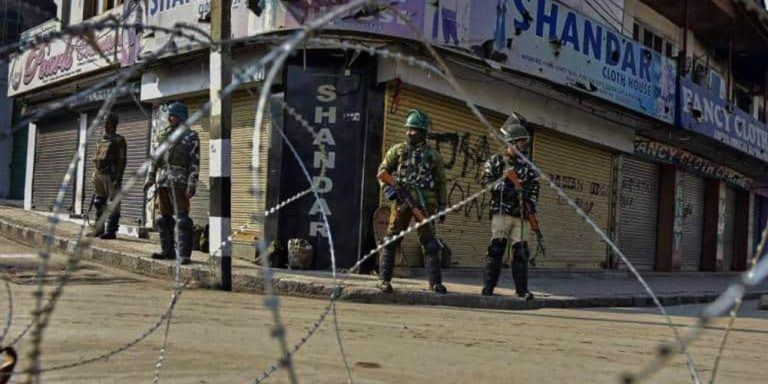 Lockdown in Kashmir continues for 37th day