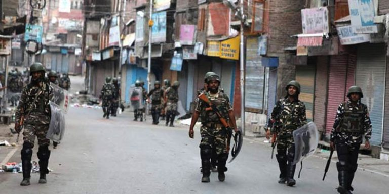 Lock down in Kashmir enters the 42nd day