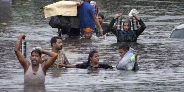 More than 100 dead in Bihar and Uttar Pradesh floods