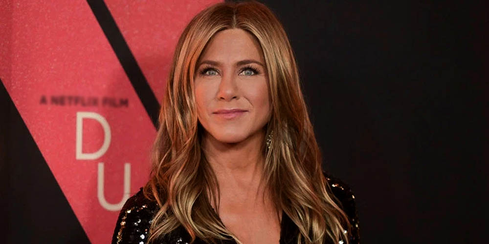 Jennifer Aniston got emotional after returning on 'Friends' set after 17 years