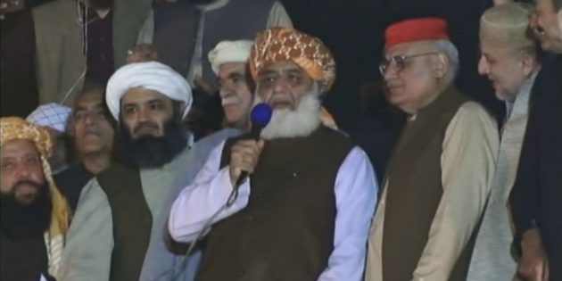 Maulana demands ouster of PM Imran