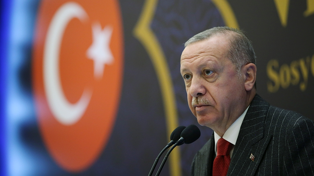 """Turkey's president has threatened the Syrian government that it will """"pay a very, very heavy price"""" for attacks that targeted Turkish soldiers in north-west Syria."""