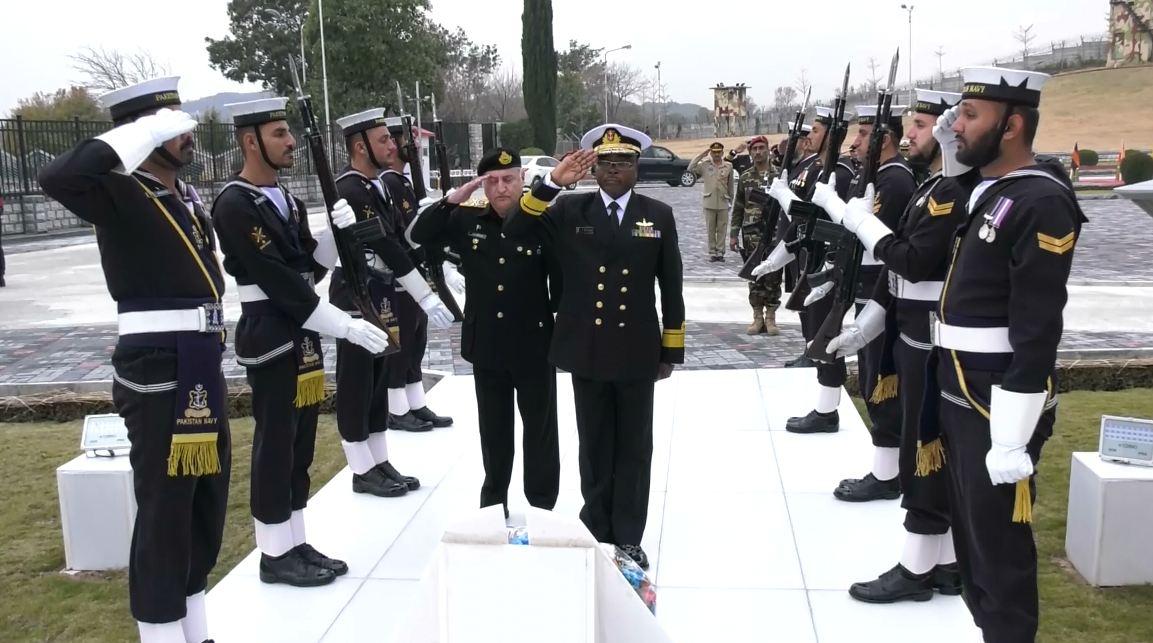 commander kenyan navy