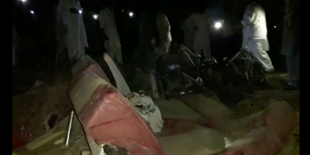 Pakistan Express collides with passenger coach, 19 killed