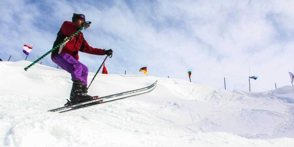 36 international skiers arrive Pakistan for int'l ski races