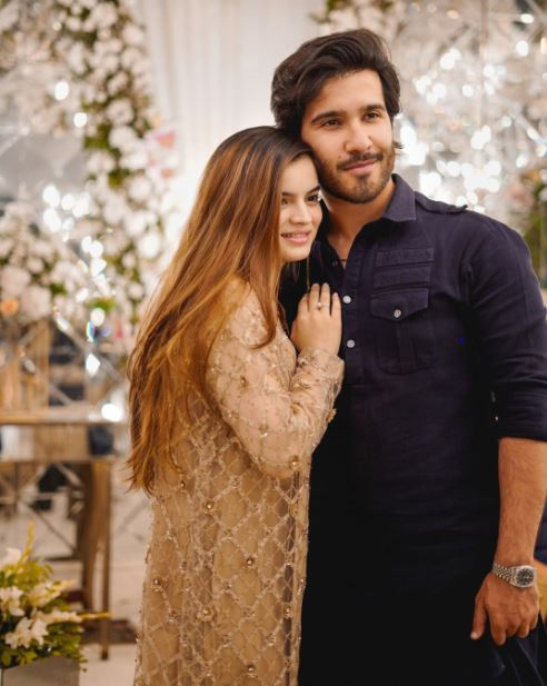 Renowned Pakistani artist Feroze Khan has officially quit the entertainment industry.