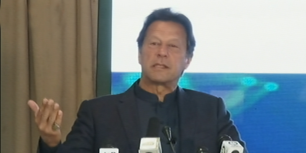 Prime Minister Imran Khan said that military agencies know who is doing what. Those who involve in corruption are afraid of forces. He said that he is not corrupt and is not making money.
