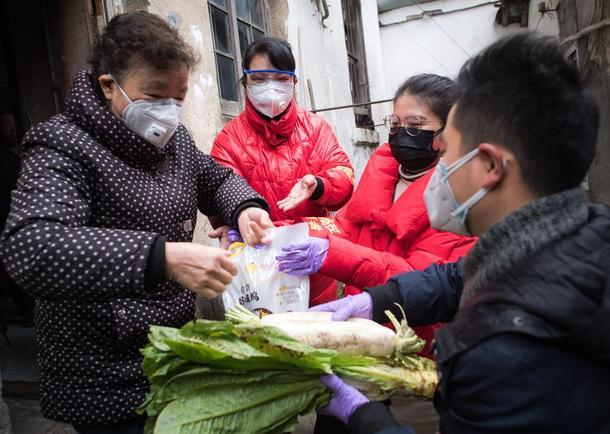 volunteers in Wuhan