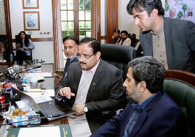 CM Buzdar is inaugurating the project