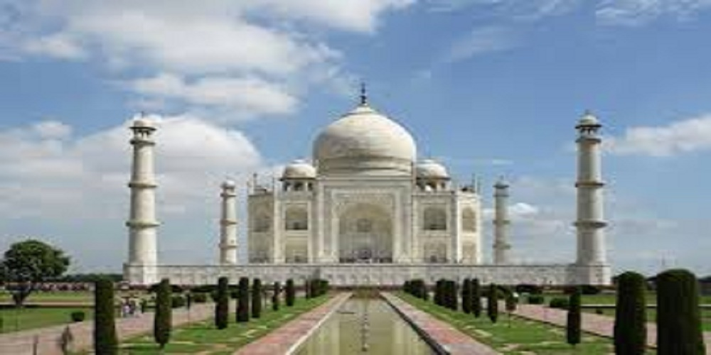 India's popular monument Taj Mahal has been closed to avoid the spread of contagious coronavirus.