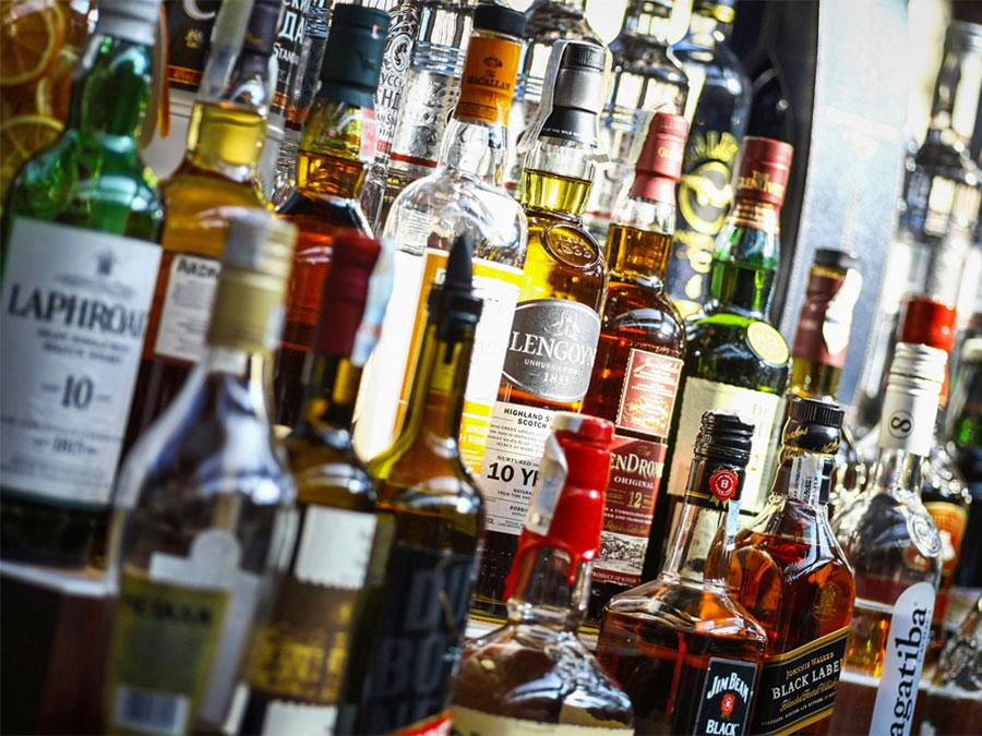 coronavirus in iran alcohol
