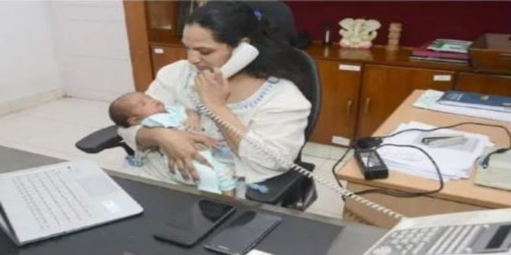 IAS officer refuses maternity leave