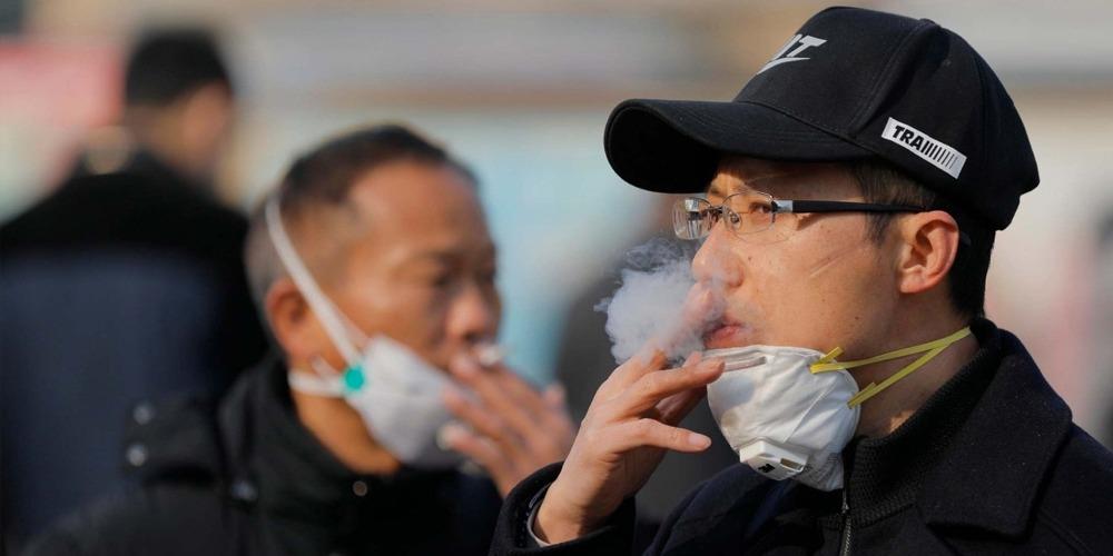 Coronavirus: smoking kills or saves life? David Hockney makes bizarre claim