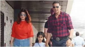 famous Bollywood star Akshay Kumar
