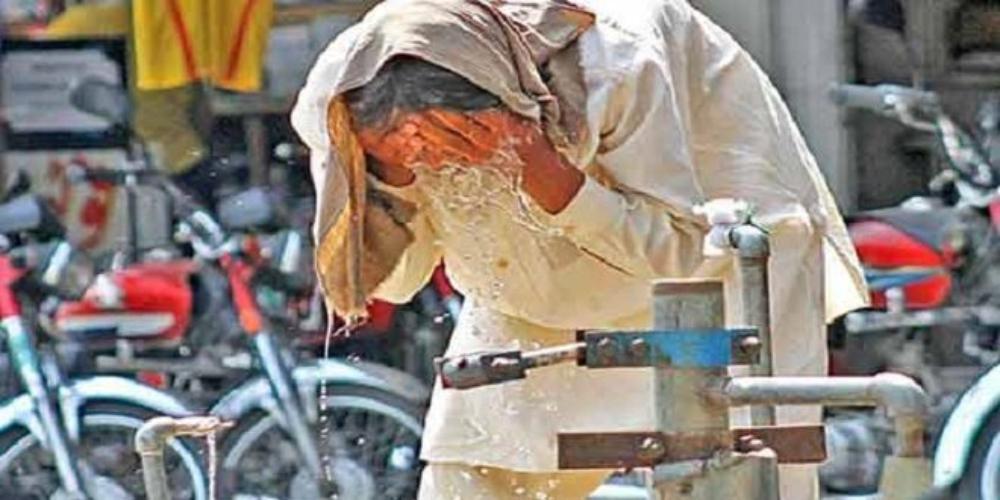 Heat waves collide with coronavirus pandemic in Sindh