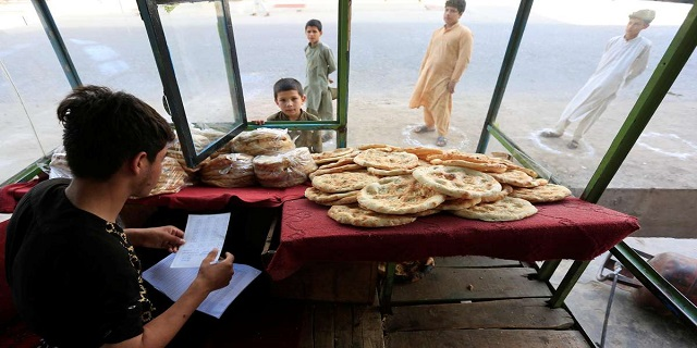 6 Died in clashes during food distribution in Afghanistan