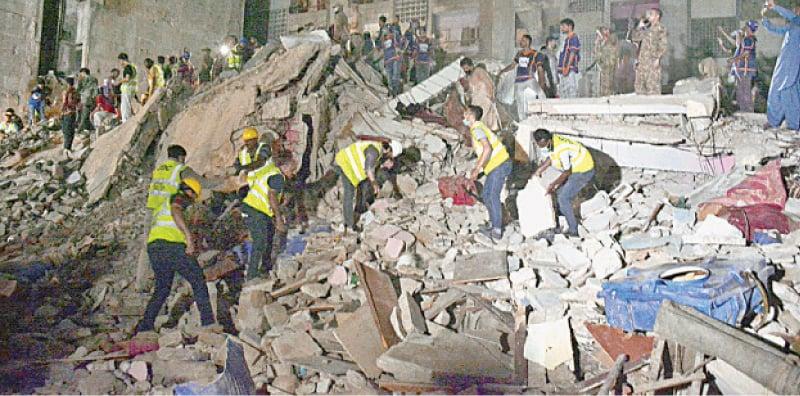 Layari building collapse