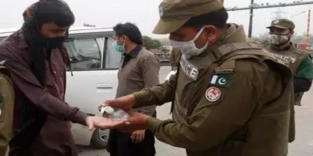 Coronavirus: Pakistan reports 3900 cases in a day, 43 deaths in Punjab