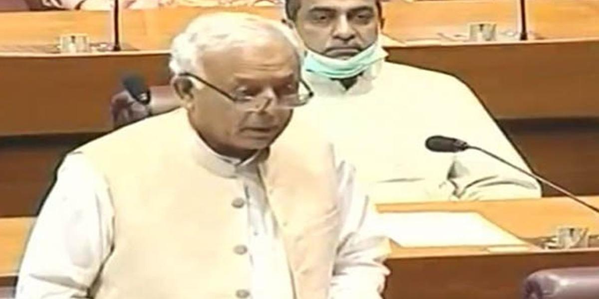 Ghulam Sarwar promises transparent inquiry into PIA plane crash