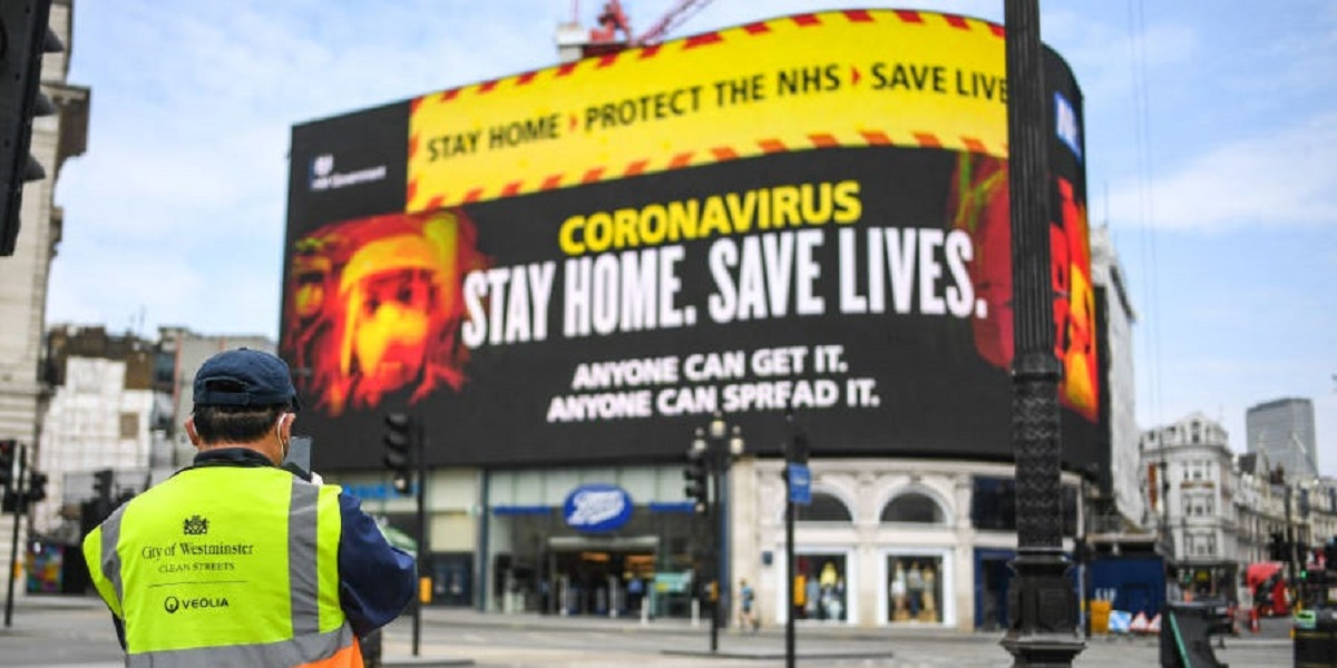 UK bans house visits after a spike in coronavirus cases
