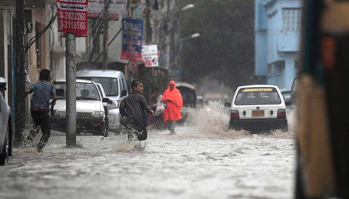 Electrocution in Karachi
