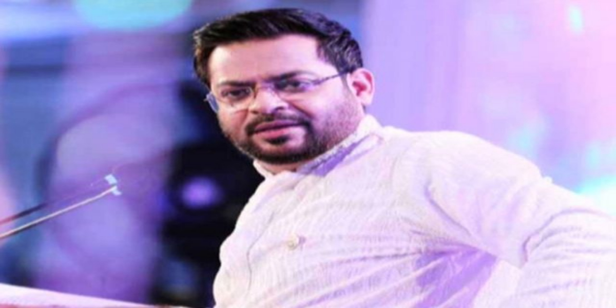 Dr Aamir Liaquat Husain announces to contest in local body elections