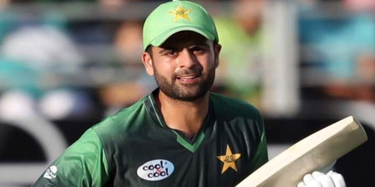 How many lakhs of protein does Ahmed Shehzad eat?