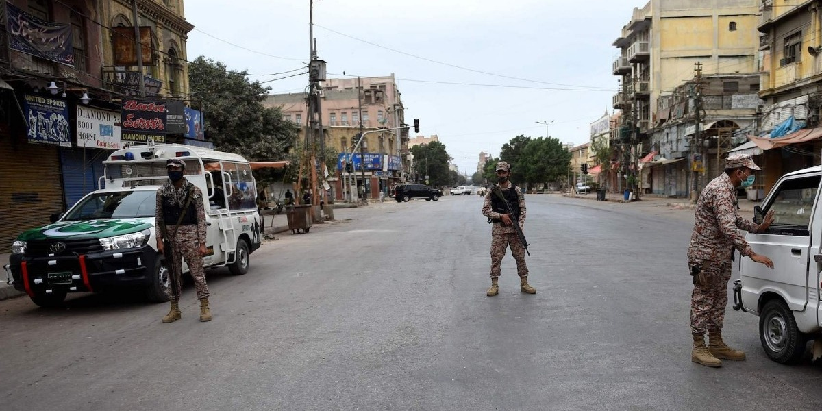 Second phase of Smart Lockdown to contain COVID-19 begins in Karachi