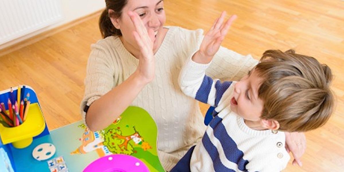 How can Parents instil Self-confidence in children?