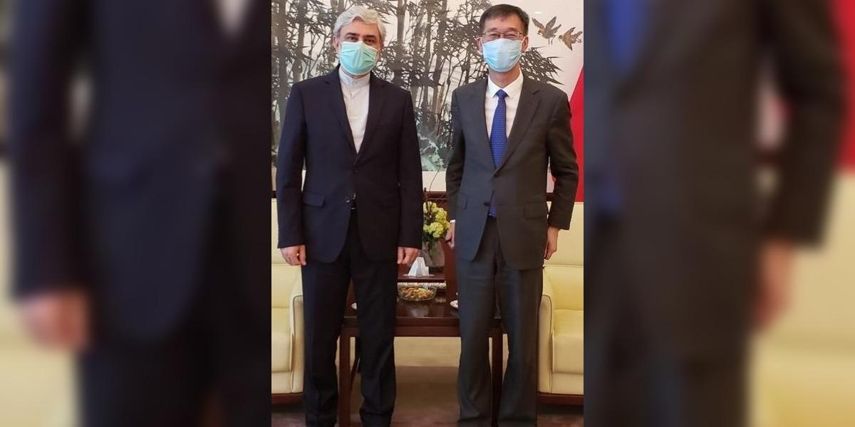 Iranian Ambassador calls on his counterpart at Chinese Embassy
