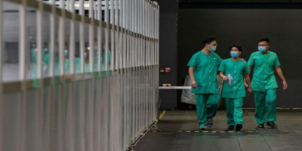 China sends health team to Hong Kong for coronavirus testing