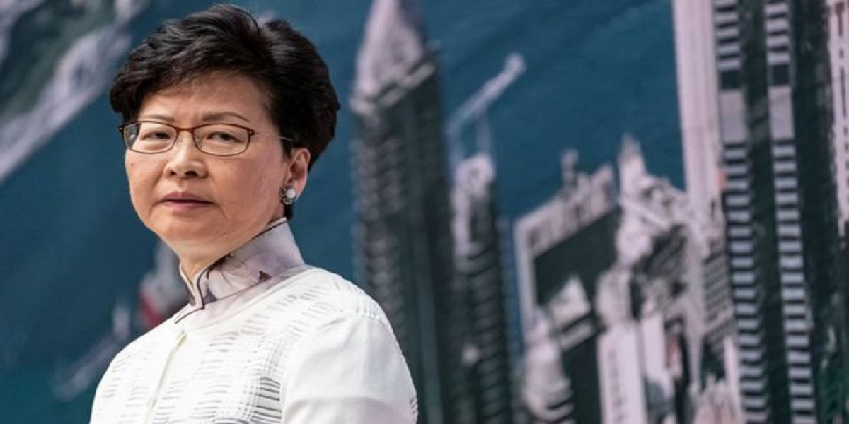 Hong Kong: US imposes sanctions on chief executive & other top officials