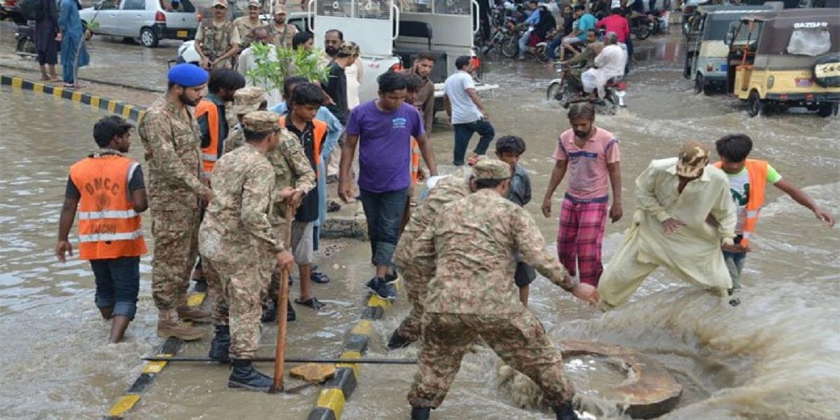 Pakistan army begins cleanliness activities in Karachi