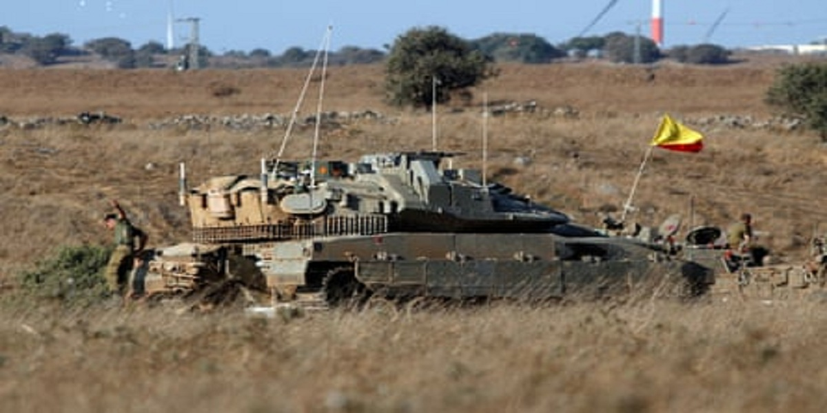 Israel strikes Syrian military bases