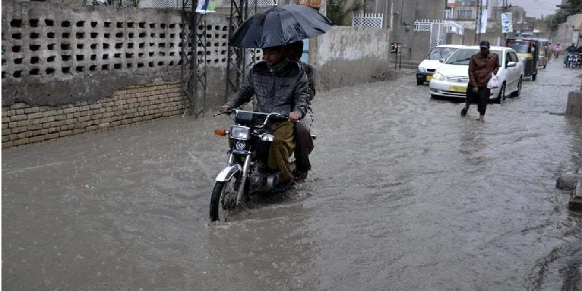 Met office warns of flash flooding due to heavy rainfall in Balochistan