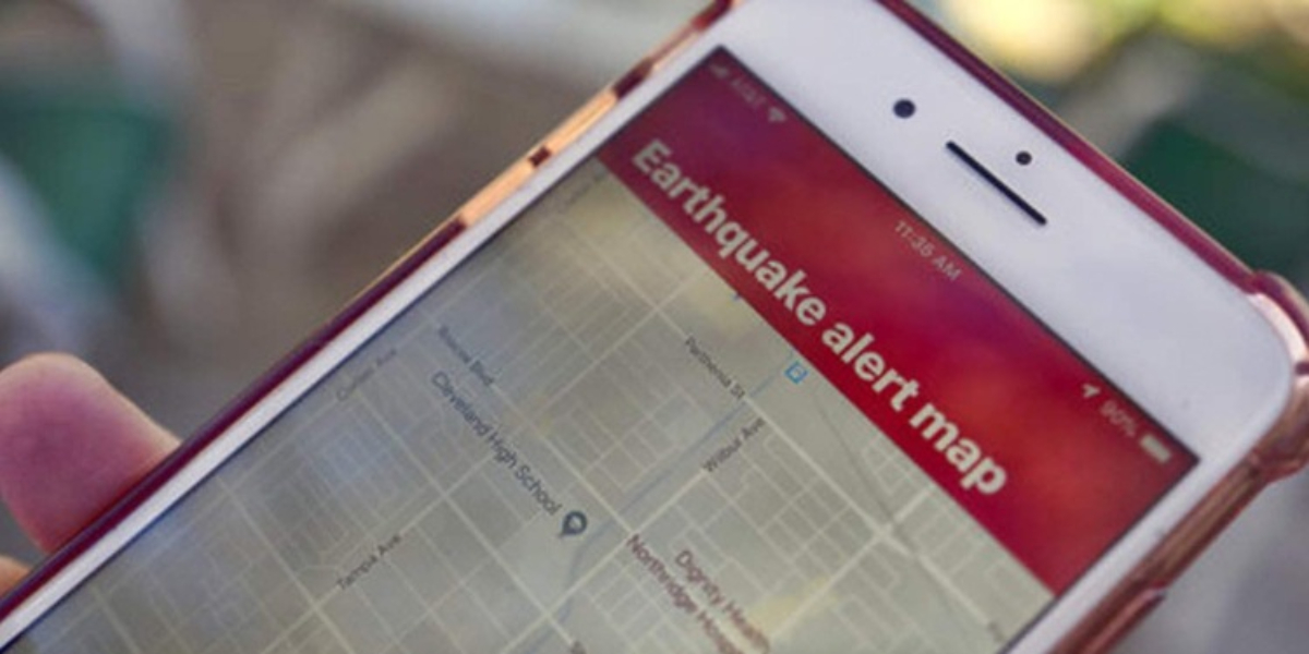 Earthquake alert cellphones