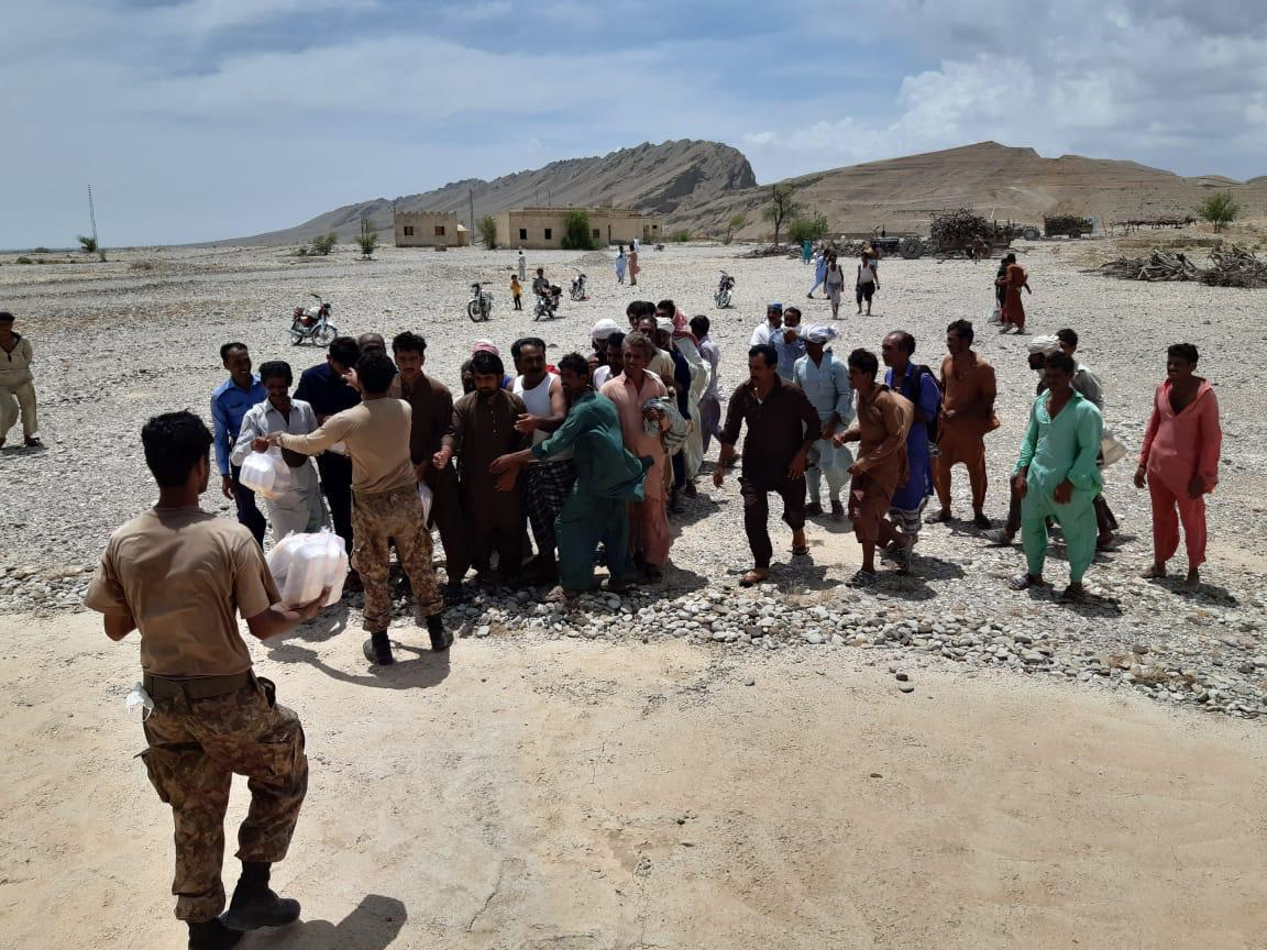 Pakistan Army continues relief operations in flood-affected areas in Dadu