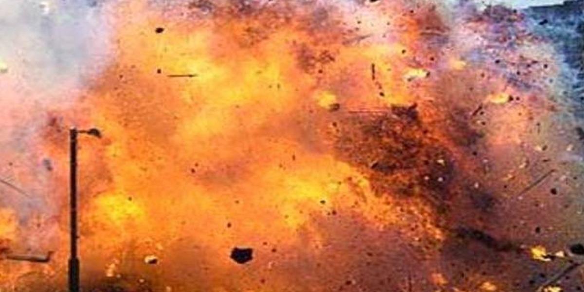Cracker attack on Flag stall, 5 injured
