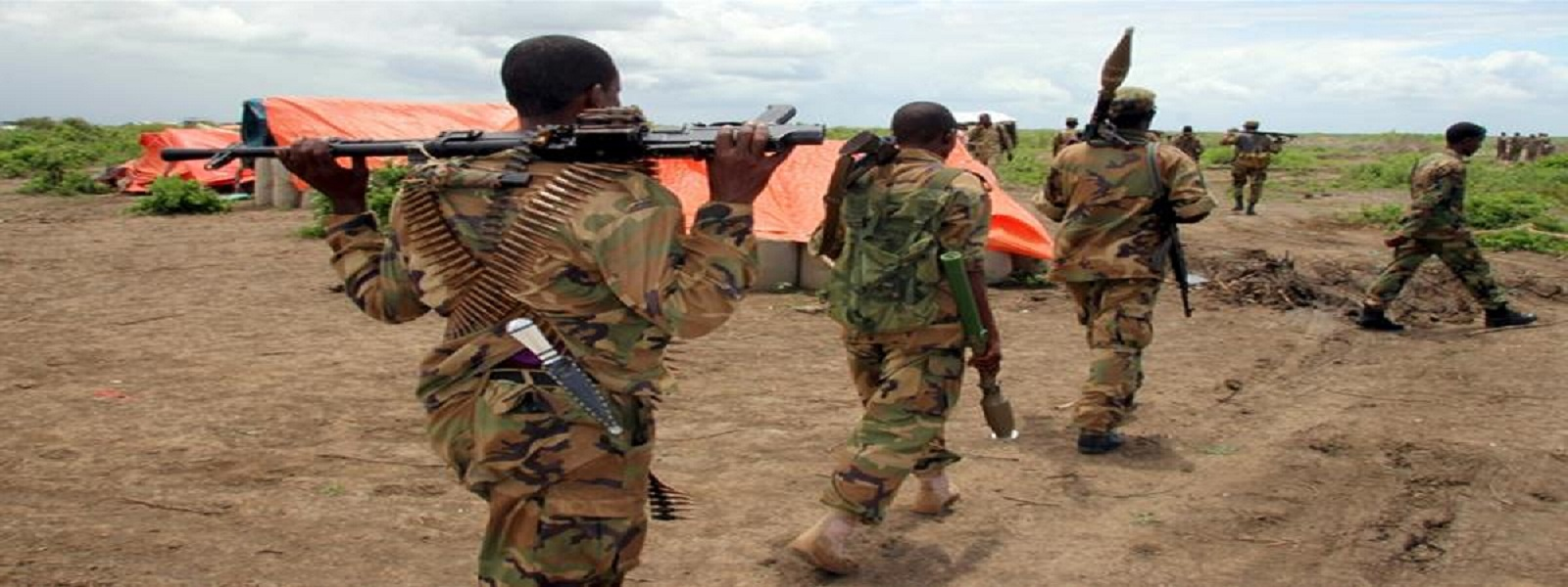 Somali soldiers killed, American officer wounded in a car bomb blast