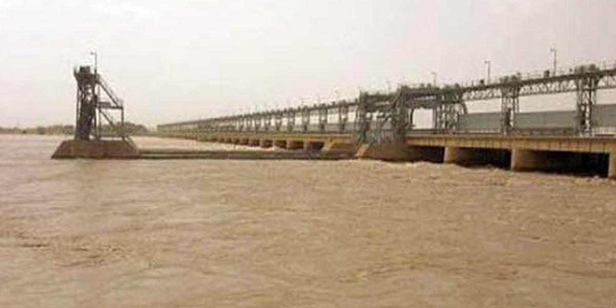 PDMA Sindh issues flood warning