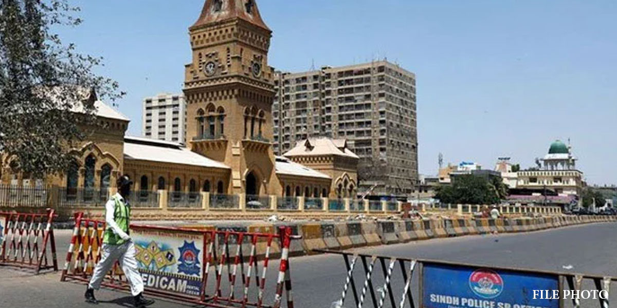 Smart Lockdown Imposed In Karachi Amid Increasing In COVID-19 Cases