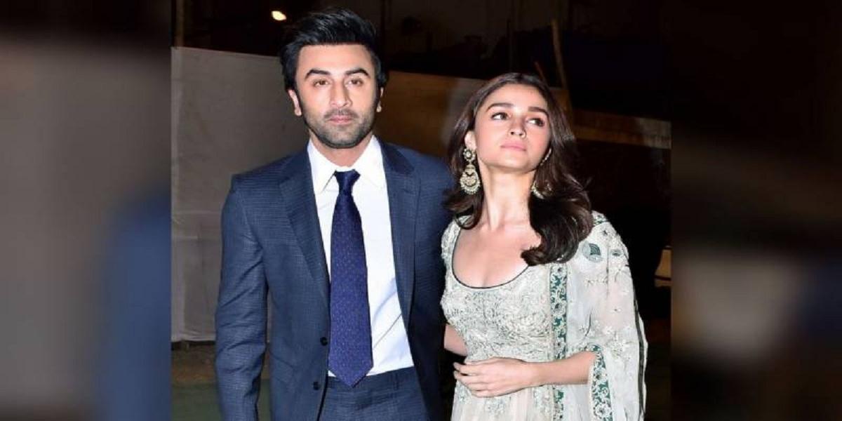 Ranbir Kapoor, Alia Bhatt enjoy dancing on Nazia Hassan's 'Aap Jesa Koi'
