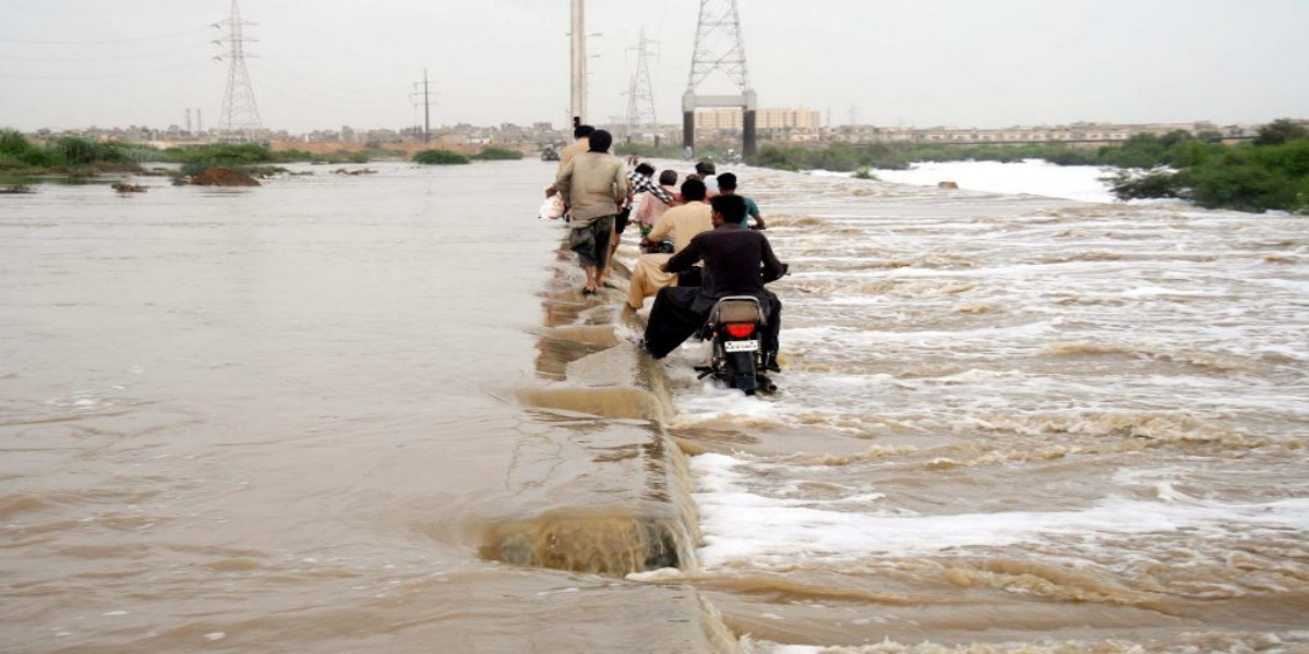 Korangi causeway closed
