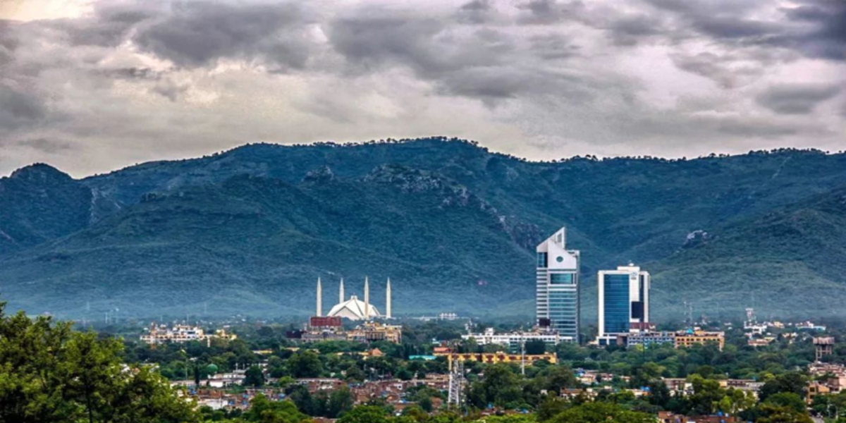 Islamabad mayor orders cleanliness in the city