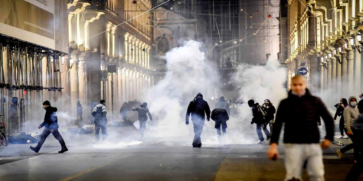 Italy: Protests Erupted Over Anti-Covid Restrictions