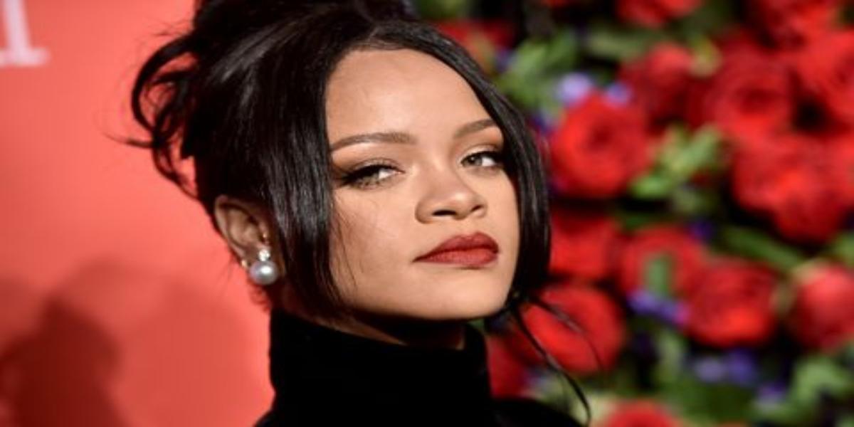 Rihanna apologizes for using Islamic Hadith