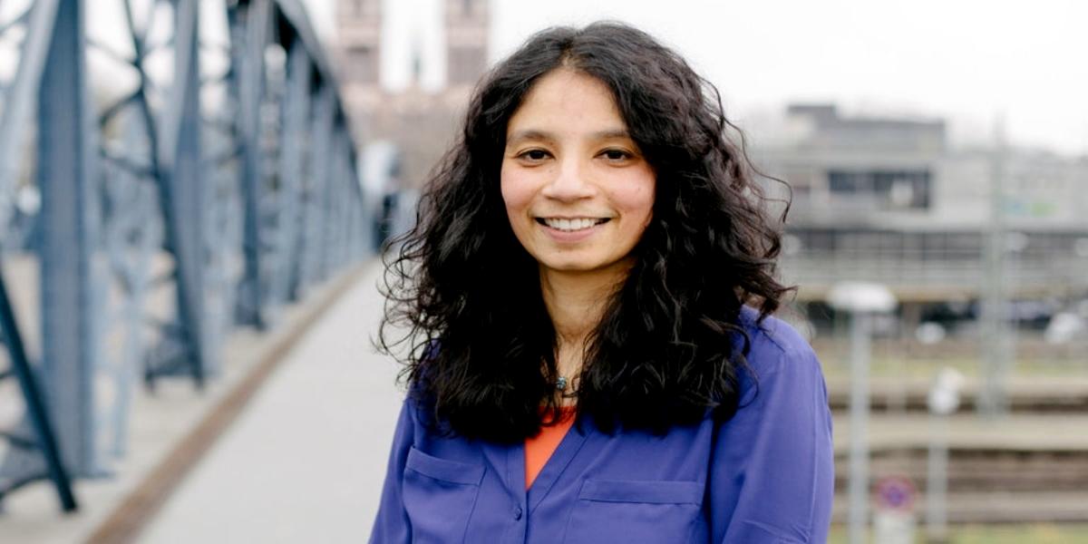 Dr Asifa Akhtar